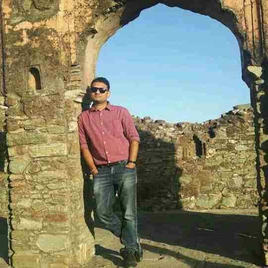 Dr. Vipul Sengal's profile on Curofy