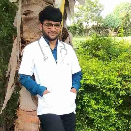 Dr. Yogesh Bhusare's profile on Curofy