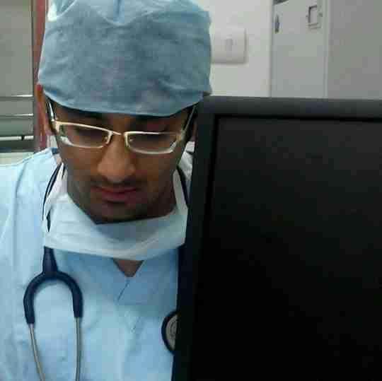 Dr. Avneesh Khare's profile on Curofy