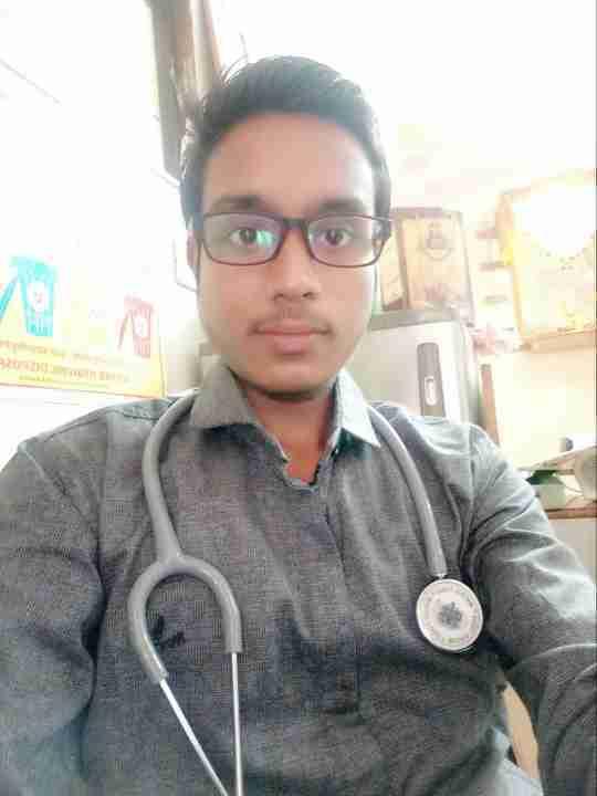 Dr. Ashish Pardhi's profile on Curofy