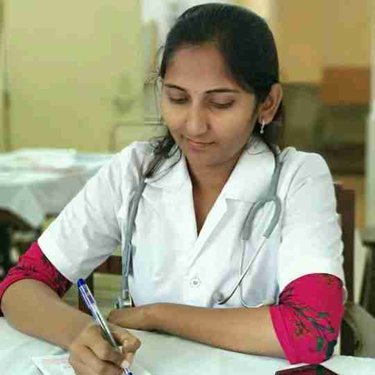 Dr. Meera Kadam's profile on Curofy