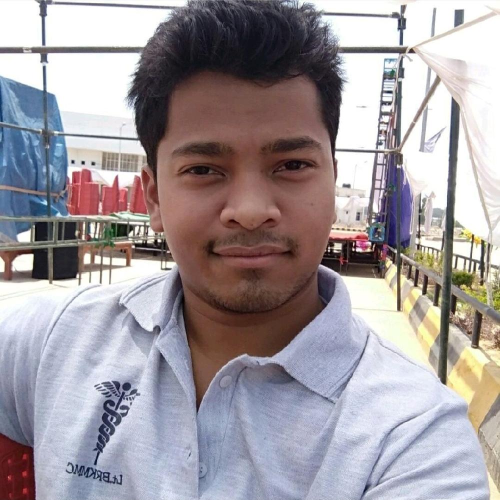 Dr. Bheshnarayan Watti's profile on Curofy
