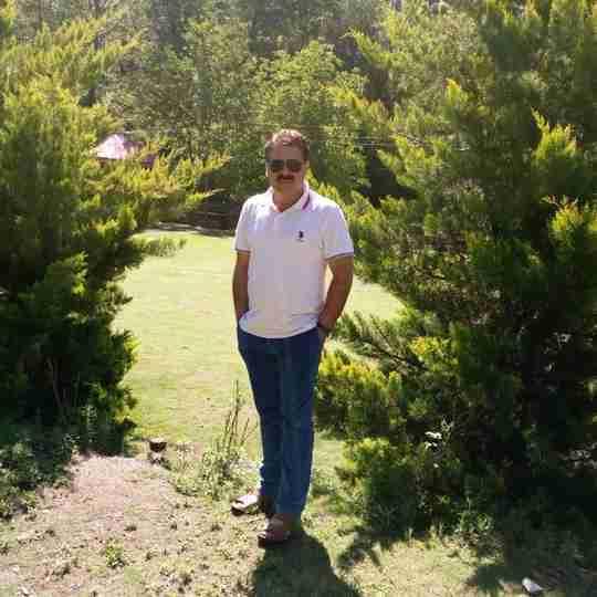 Dr. Javed Giri's profile on Curofy