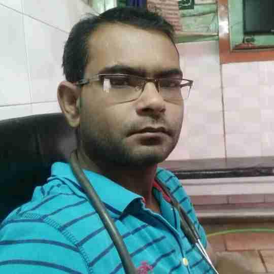 Dr. Ankush Saxena's profile on Curofy