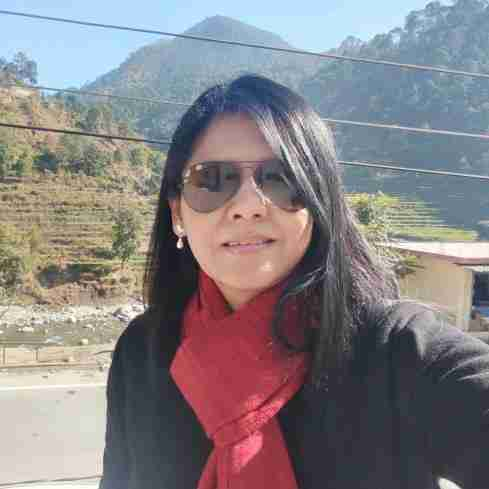Dr. Kritika Saxena's profile on Curofy