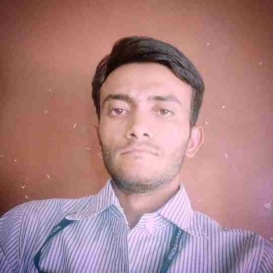 Naresh Bamaniya's profile on Curofy
