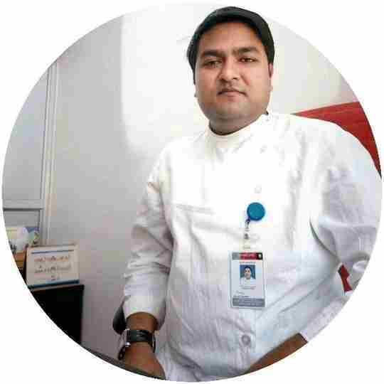 Dr. Amitesh Tiwari's profile on Curofy