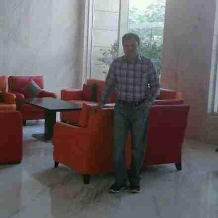 Dr. Satish Tyagi's profile on Curofy
