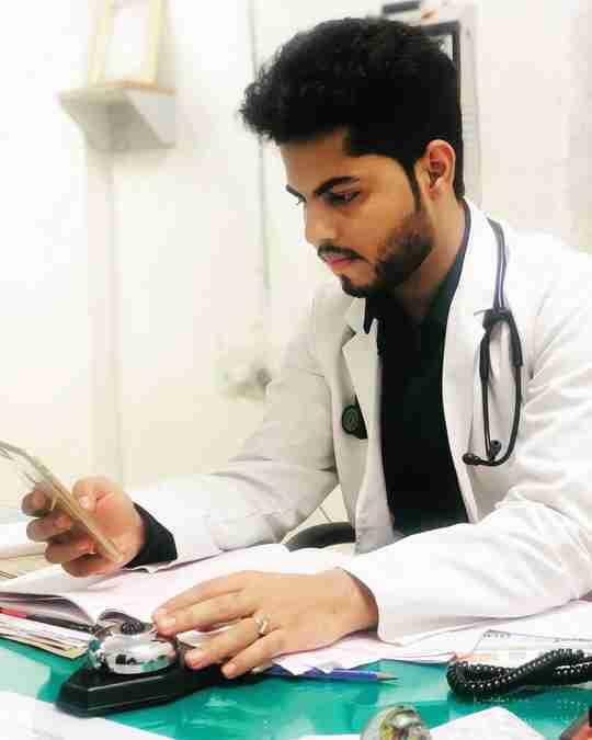 Dr. Shubham Nagdev's profile on Curofy