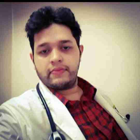 Dr. Aditya Sharma's profile on Curofy
