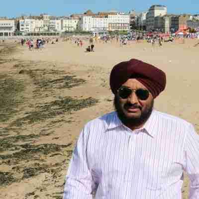 Dr. Amarjit Singh's profile on Curofy