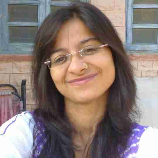 Meenakshi's profile on Curofy