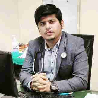 Dr. Ashutosh Chandan Dubey's profile on Curofy