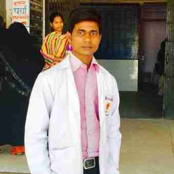 Dr. Santosh Kushwaha's profile on Curofy
