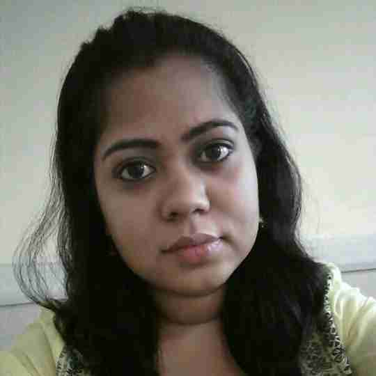 Dr. Nidhi Tiwari's profile on Curofy
