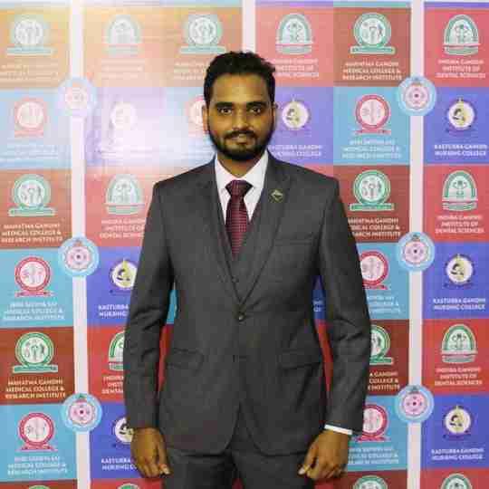 Dr. Thiru Vikrama Narayan's profile on Curofy