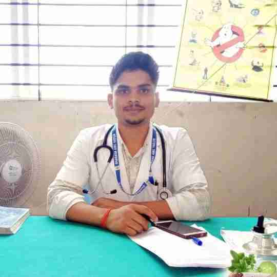Dr. Hemant Kumar Maurya's profile on Curofy