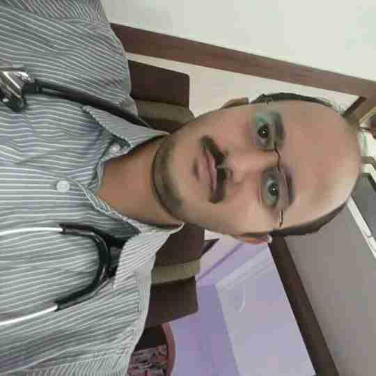 Dr. Amit Benkar's profile on Curofy