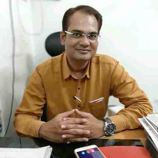 Dr. Santosh Jamdade's profile on Curofy