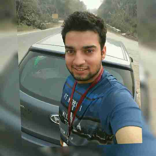 Daniyal Farooq's profile on Curofy