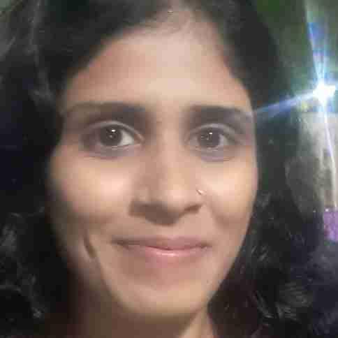 Shriya Parsawar's profile on Curofy