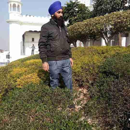Gurmeet Singh's profile on Curofy