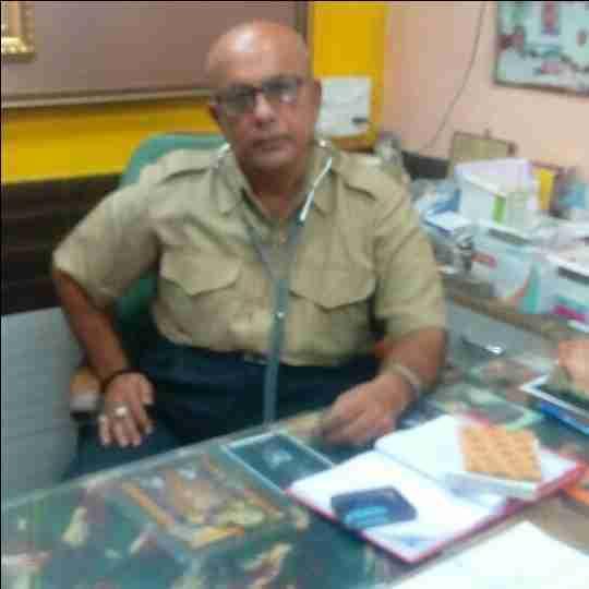 Dr. Jitendrakumar Karsanbhai Gadhavi's profile on Curofy