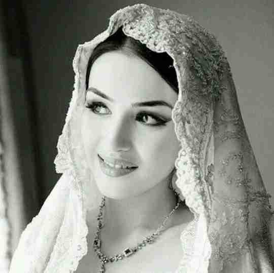 Shazia Maqbool's profile on Curofy