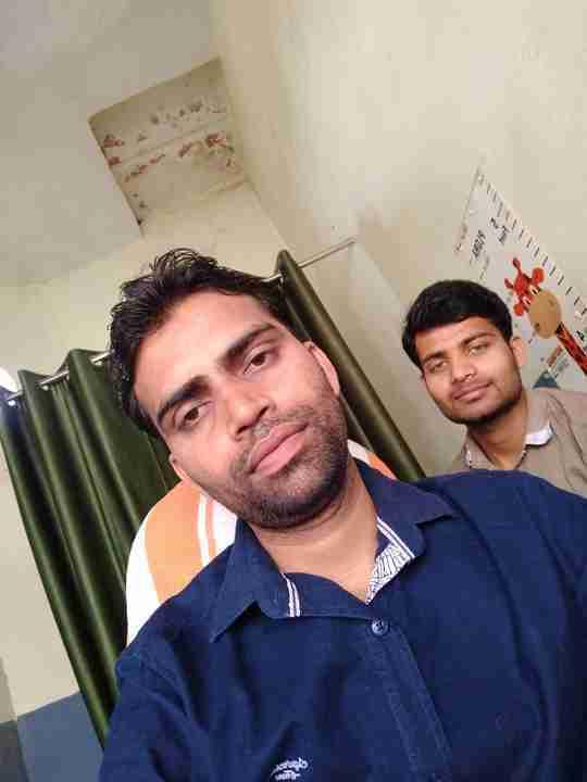 Dr. Raghvendra Singh's profile on Curofy