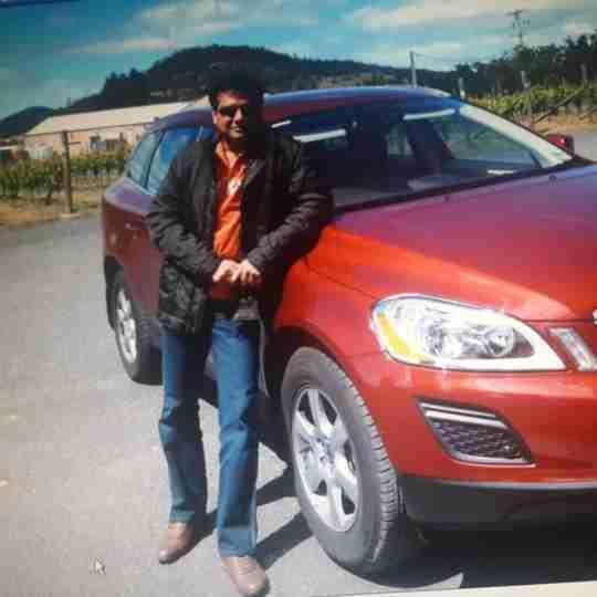 Dr. Niraj Singh's profile on Curofy