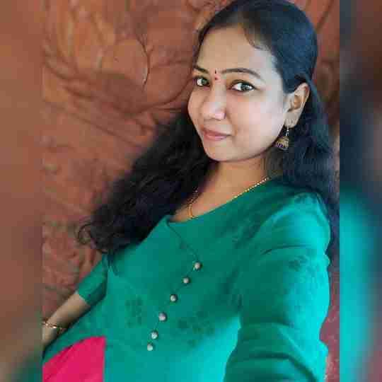 Srilakshmi Srilu's profile on Curofy