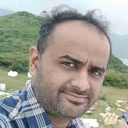 Dr. Husenali Laxmidhar's profile on Curofy