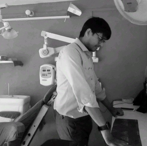 Dr. Vineet Pathak's profile on Curofy