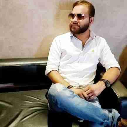 Dr. Deepak Tank's profile on Curofy