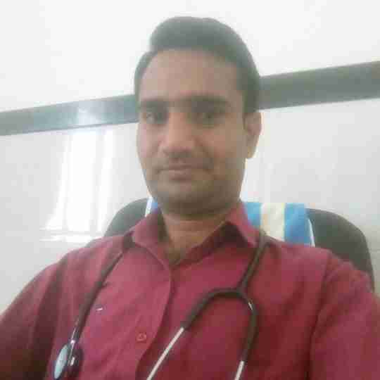Dr. Mukesh Yadav's profile on Curofy