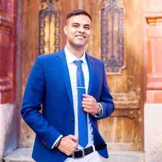 Dr. Ganesh Tiwari's profile on Curofy