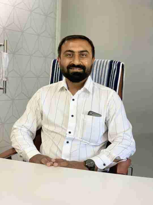 Dr. Kapil Padsumbia (Pt)'s profile on Curofy
