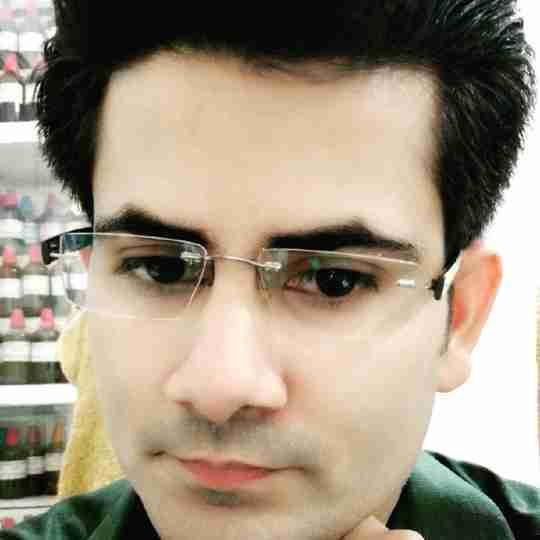 Dr. Zeeshan Siddiqui's profile on Curofy