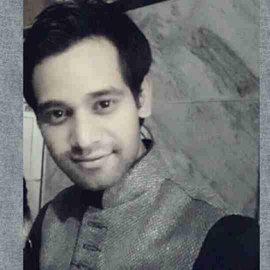 Dr. Amit Tiwari's profile on Curofy