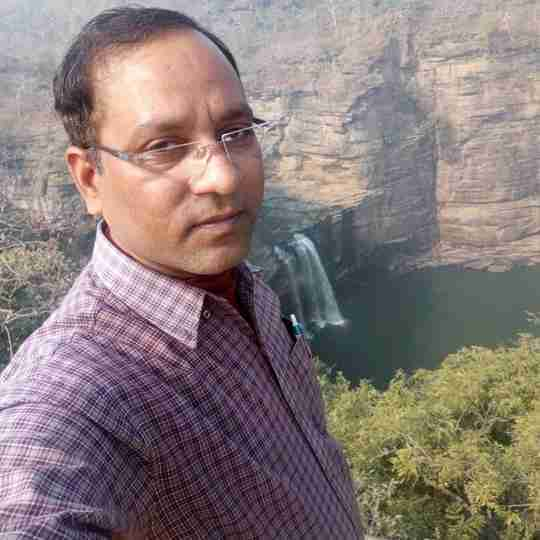 Dharmendra Singh's profile on Curofy