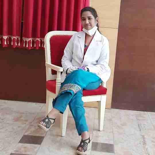 Dr. Bushra Khan's profile on Curofy