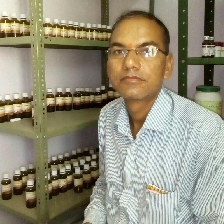Dr. Laxminarayan Sharma's profile on Curofy