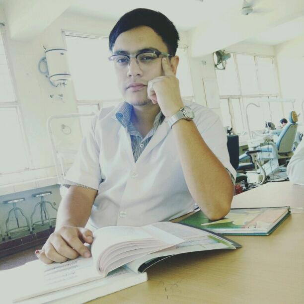 Dr. Aaquib Nazir's profile on Curofy