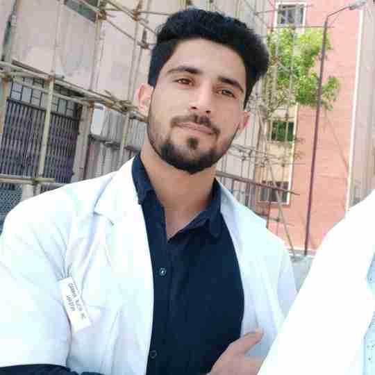Dr. Rouf Ahmad Ganayee's profile on Curofy