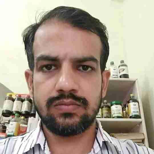 Dr. Gopal Bansal's profile on Curofy