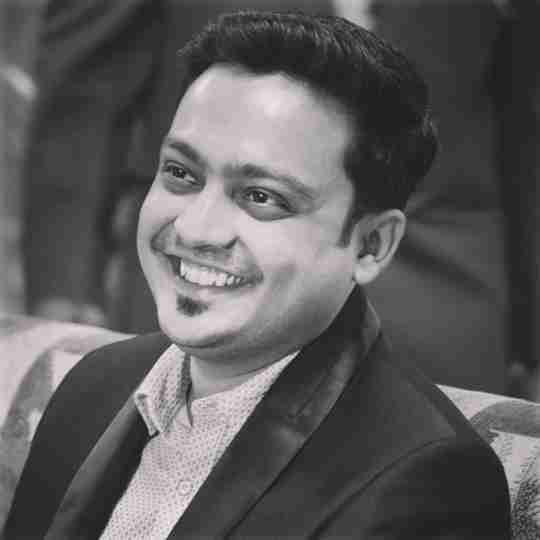Dr. Aaryan Tiwari's profile on Curofy