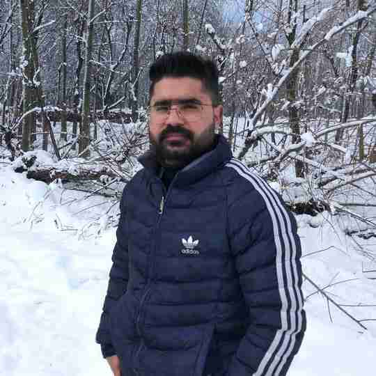 Dr. Owais Hamdani's profile on Curofy