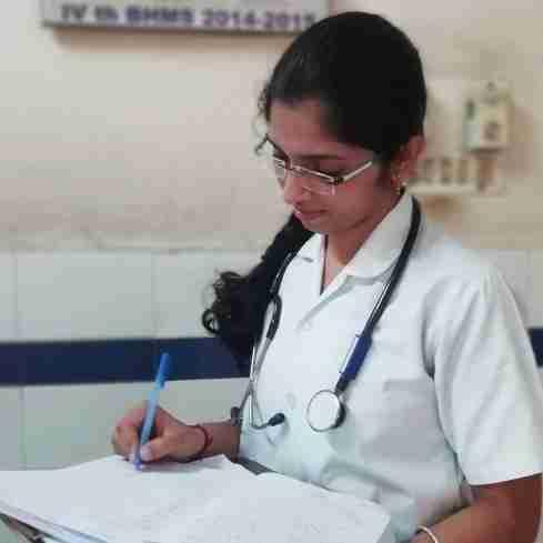 Dr. Vemparala Sri Yasaswini's profile on Curofy