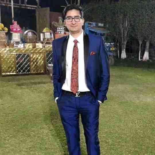 Dr. Vishesh Kaushik's profile on Curofy
