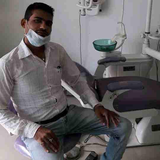Dr. Jitendra Tiwari's profile on Curofy